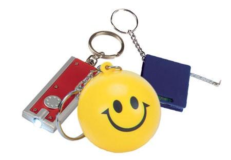 מחזיקי מפתחות ממותגים מפלסטיק