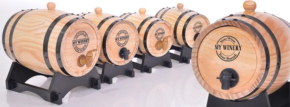 חבית יין מעץ במיתוג אישי